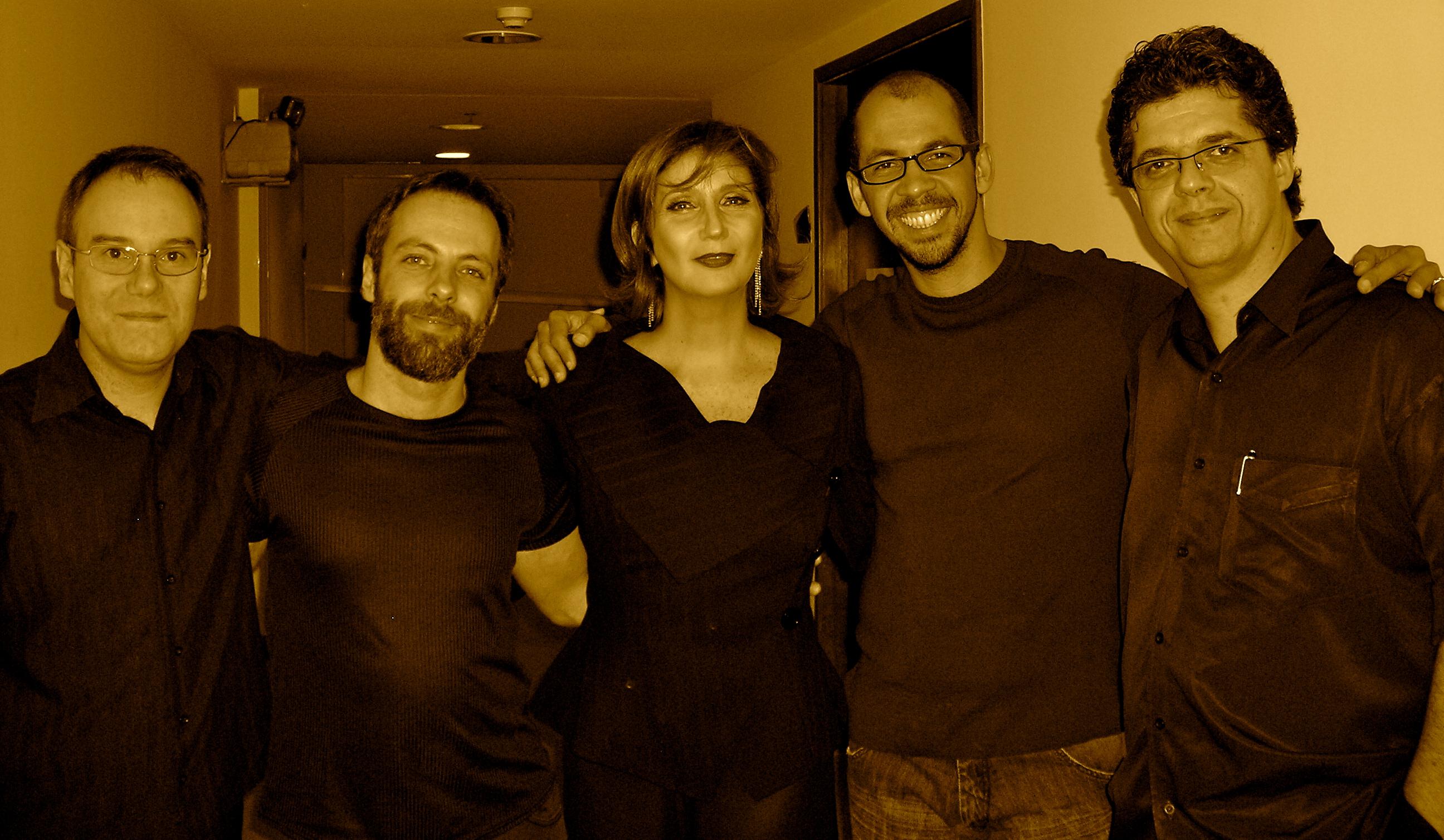 """Com Zizi Possi e Banda no Show """"Cantos e Contos"""". (2008)"""