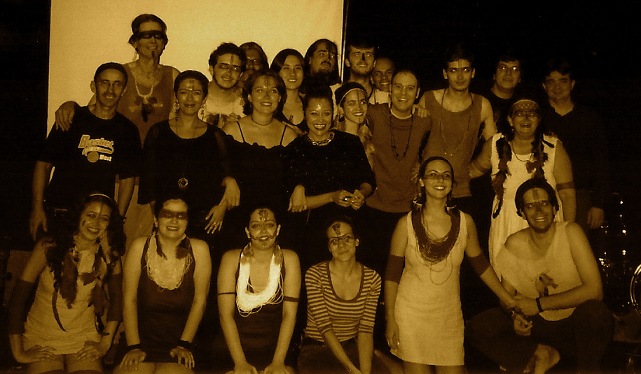 "No Teatro Crowne Plaza, lançamento do CD autoral ""Tatanka"". (2001)"